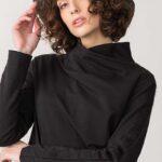 maglia in caldo cotone felpato con collo alto