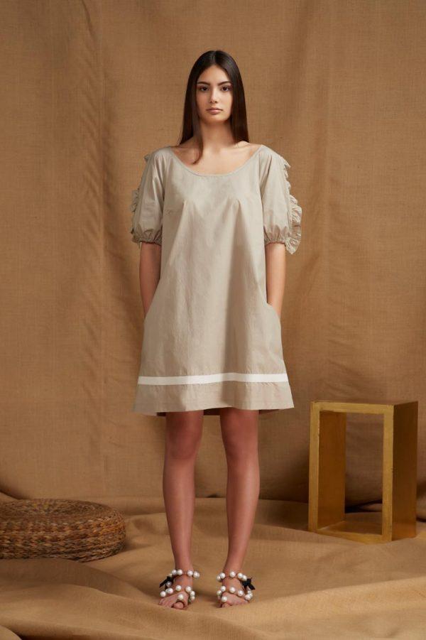 abito realizzato in popeline di cotone naturale